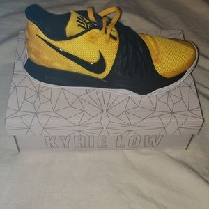 New Kyrie Low